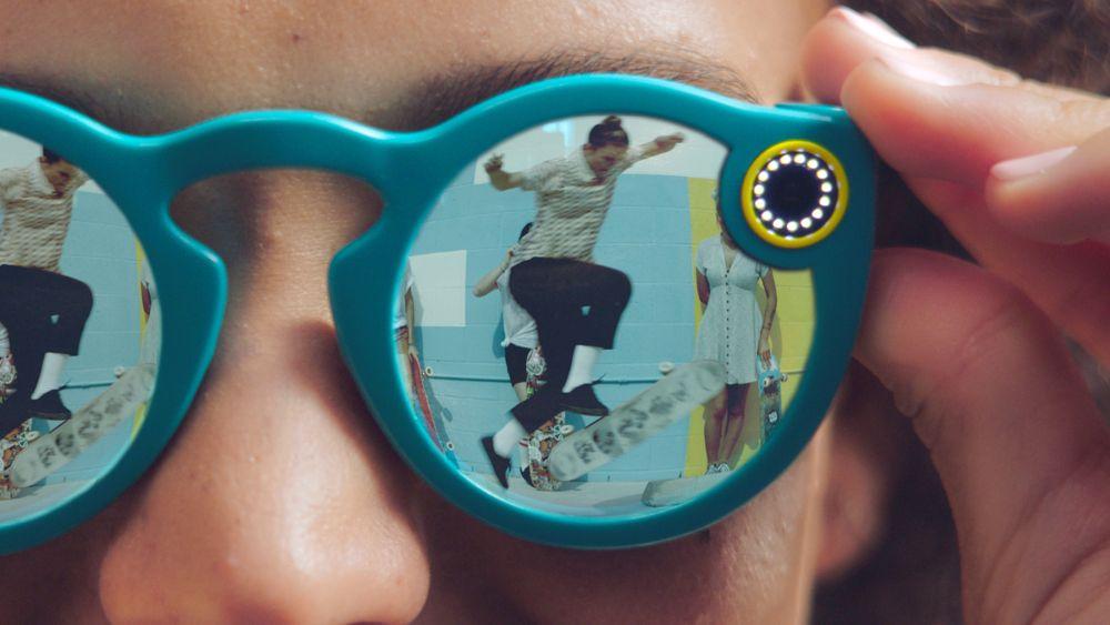 Snapchat, Se (anche) Gli Spectacles Si Rivelano Un Flop