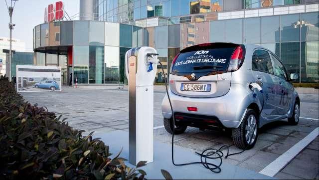 Auto elettriche Abb