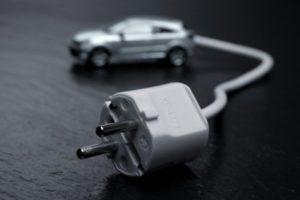 auto elettrica Apple Alibaba