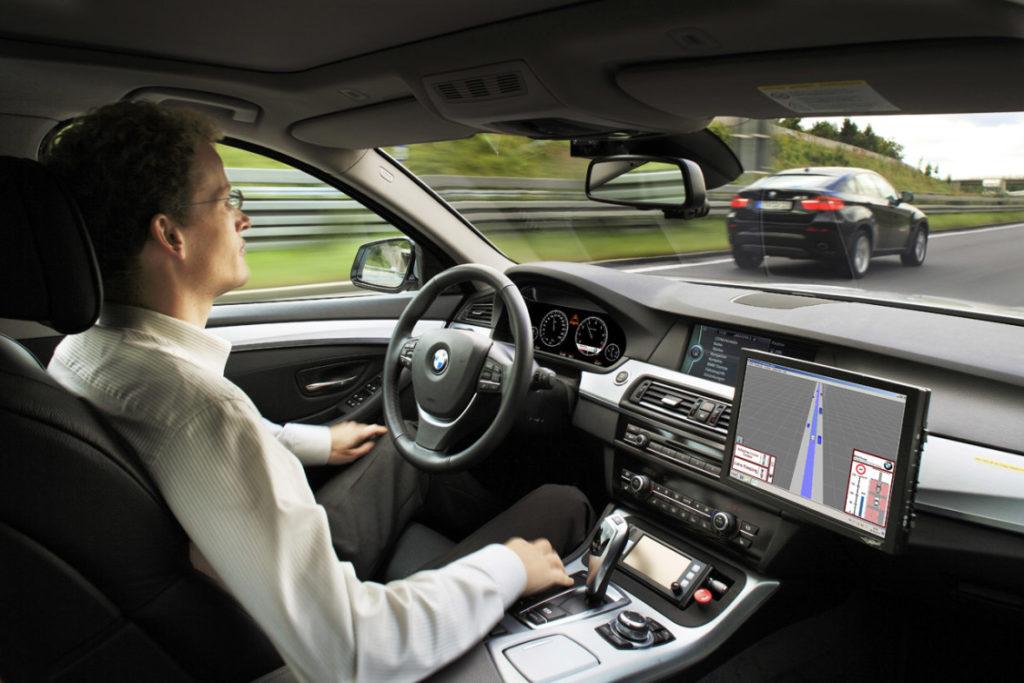 Gli Usa accelerano sulla guida autonoma