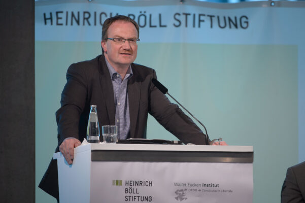 Lars P. Feld