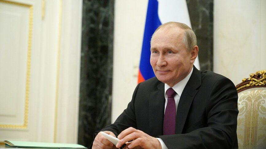Russia Facebook Twitter