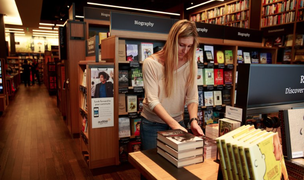 Amazon apre la sua prima libreria fisica a seattle sar l for Libreria amazon