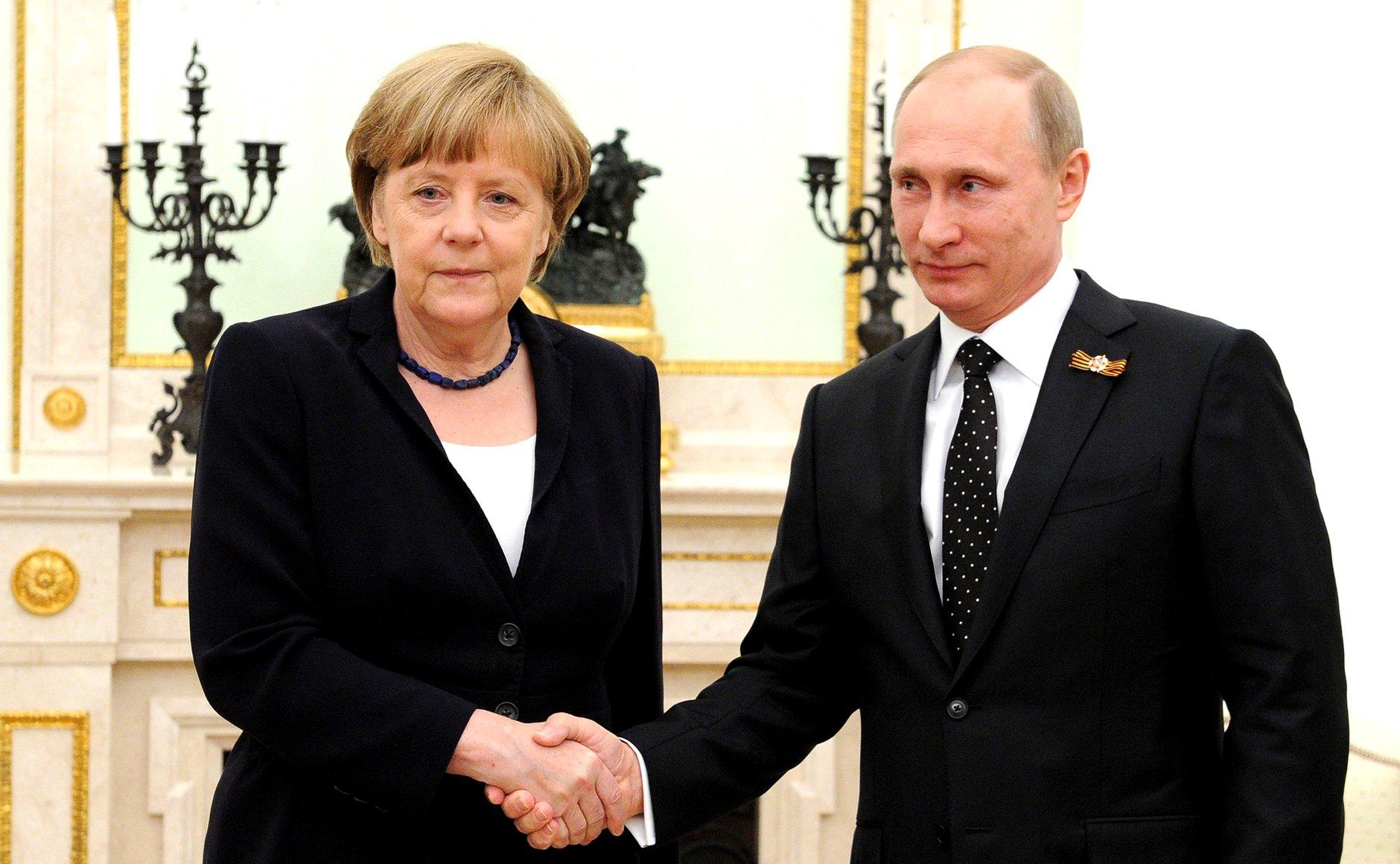 Merkel Putin Navalny