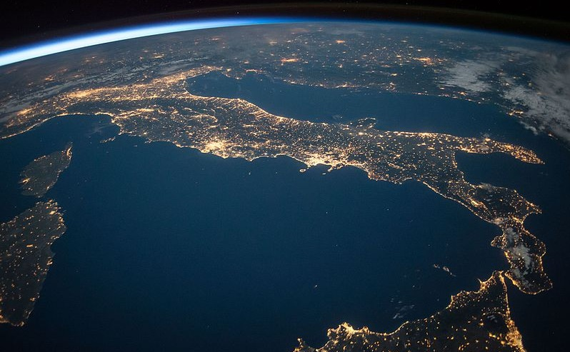 Accenture Black Out Italia