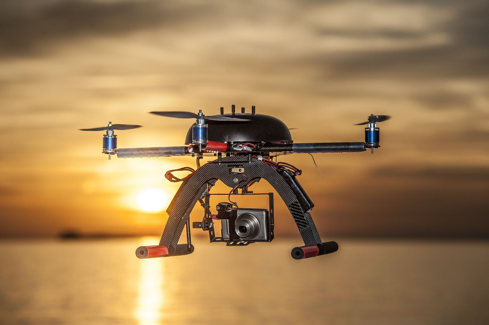 drone ing with Droni Le Nuove Restrizioni Dellenac Polemica on Scm additionally Kanye West Daughter North West Drones n 5657647 likewise Aerial Photography as well Make Worlds Trendiest Vegetable as well Droni Le Nuove Restrizioni Dellenac Polemica.