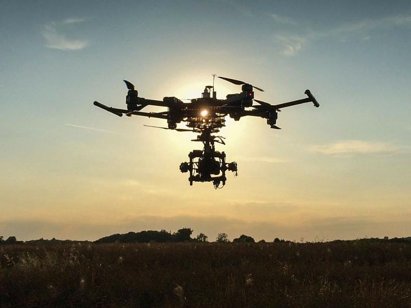 Svezia vieta il volo dei droni con fotocamera