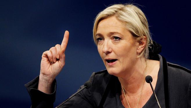 Marine Le Pen Macron