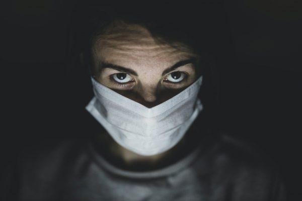 salute mentale contagio indoor asintomatici fase 2 mascherine misure coronavirus densità abitativa covid-19 tamponi mascherine tracciamento